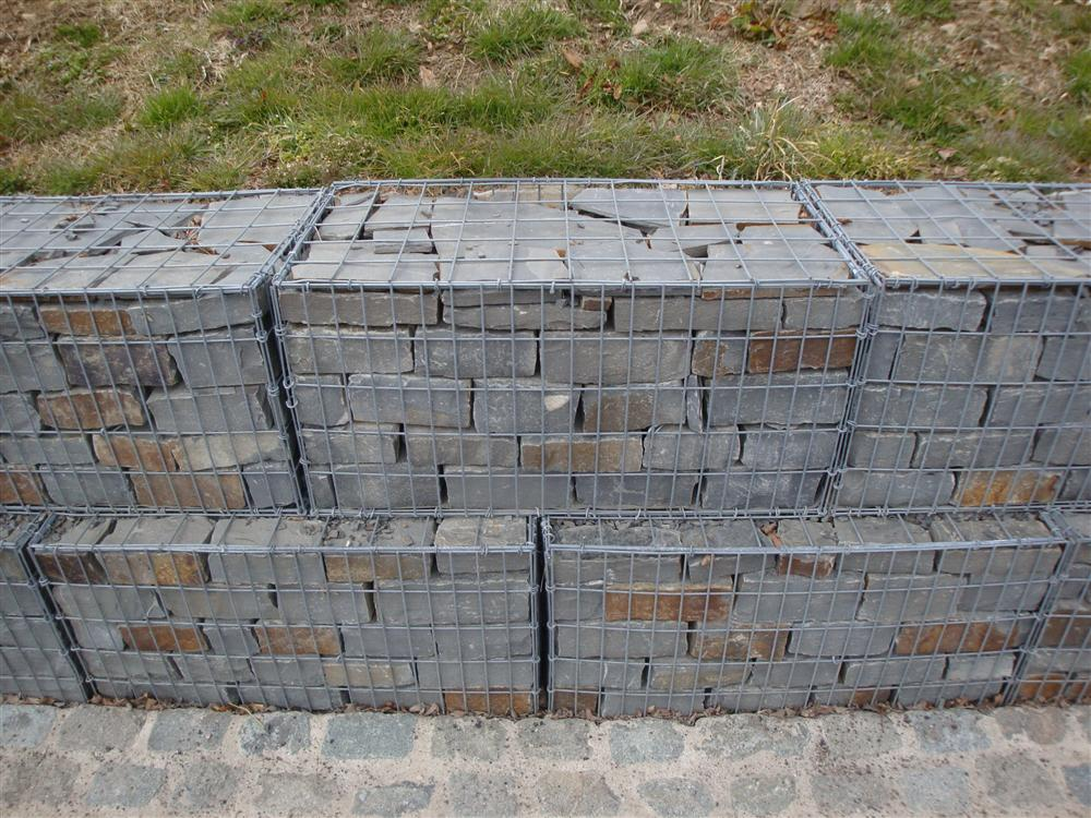 gabions et blocs de pierre cyclop ens carri re rinnen consthum luxembourg. Black Bedroom Furniture Sets. Home Design Ideas